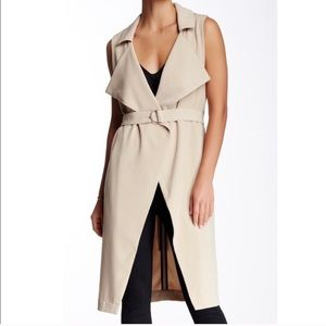 Harlowe & Graham sleeveless trench